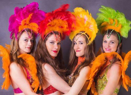 guiri, laguiri, tanecnice, salsa tanecnice, petra polakova, akademia tanca, animacie, samba tanecnice